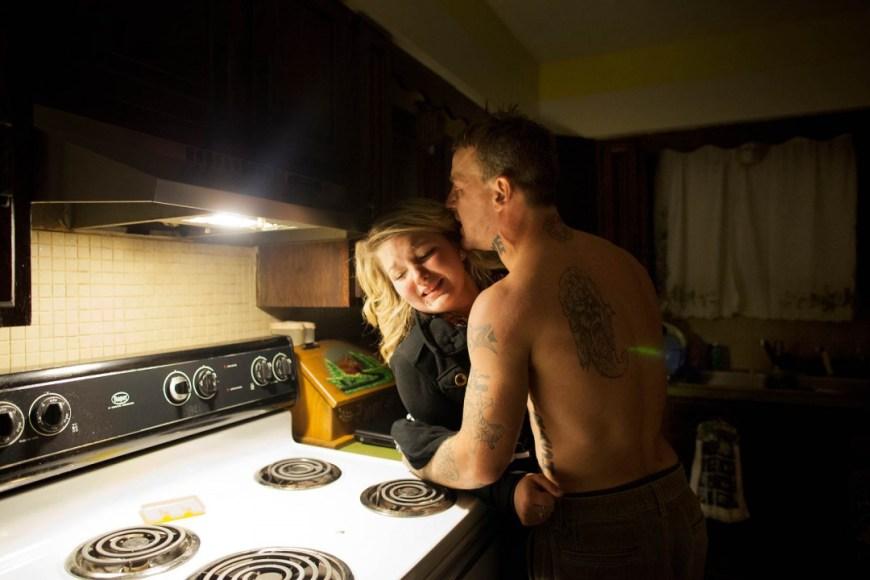 Sara Lewkowicz / La parella discuteix a la cuina