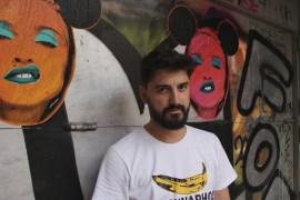 Silvio Alino amb dues Madonnas de la sèrie 'Pop Icon'
