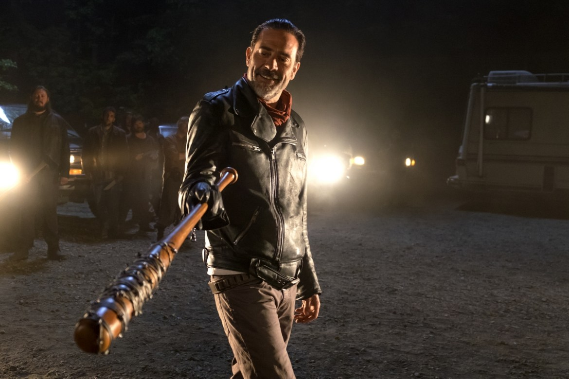 Fotograma de la setena temporada de 'The Walking Dead'