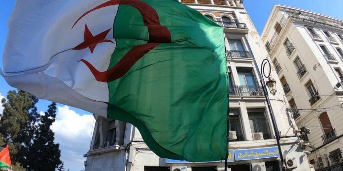 Prison ferme pour un ancien ministre algérien