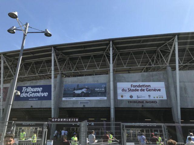 Entrée du stade de Genève