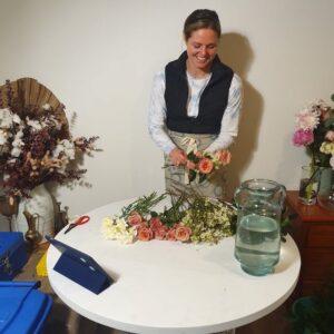 Keesja Gofers arranging flowers
