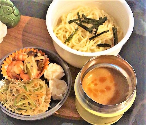 美味しい麺弁当【温かいつけ麺】