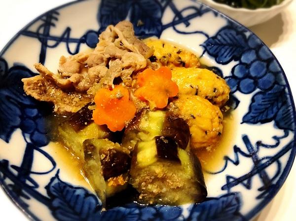とん平焼きと牛こまと茄子の炊き合せの献立レシピ