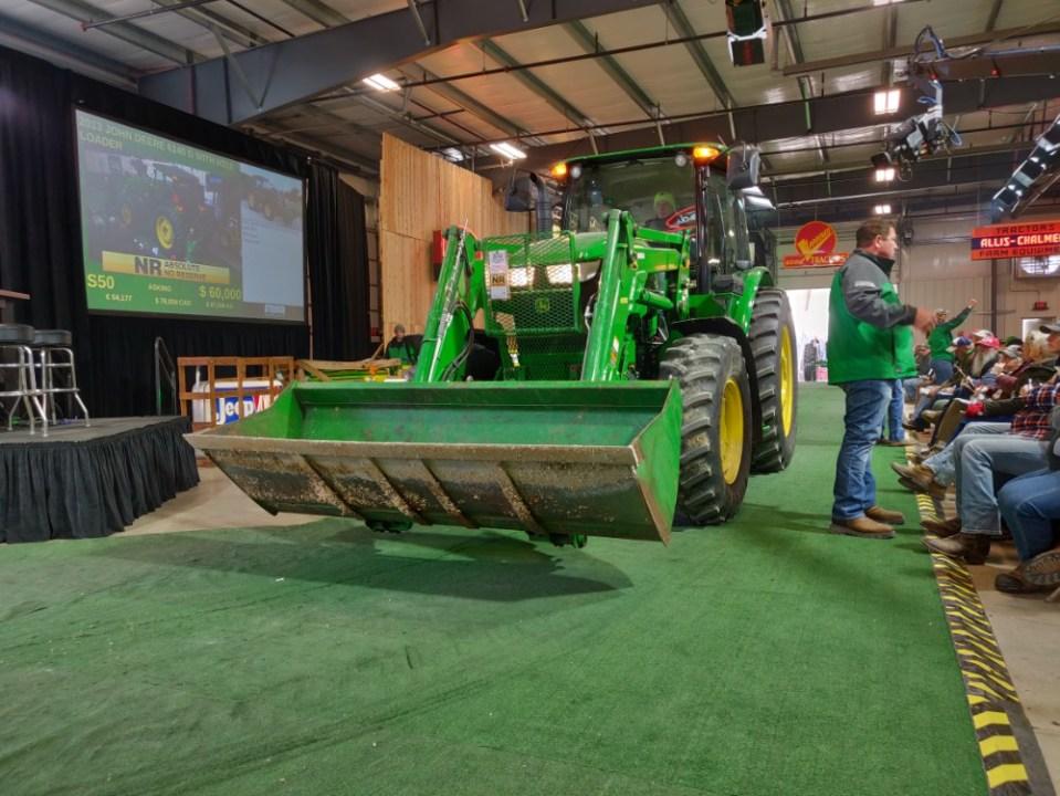 2013 John Deere 6140D - Mecum Gone Farmin' Fall Premier 2019