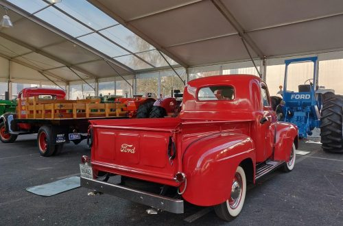 Mecum Gone Farmin' Fall Premier 2019