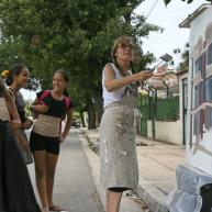 michelle-auboiron-peintre-en-action-a-la-havane-14 thumbnail