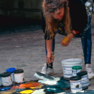 Michelle-Auboiron-peint-in-situ-les-Ponts-de-Paris-Photo-Anne-Sarter-8 thumbnail