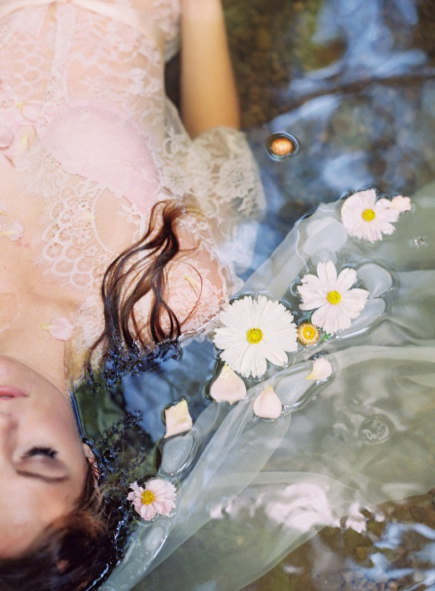 painting-inspired wedding design, Ophelia inspired portrait