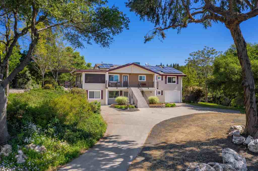 Home for Sale in Auburn CA