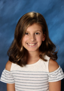 Angelina Vacca, auburn wa Angelina Vacca, Outstanding student of the month. Asd Outstanding student of the month