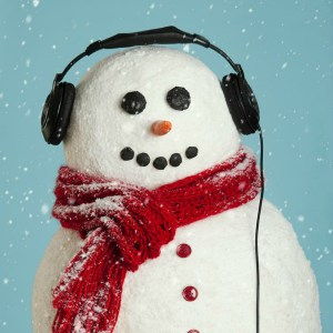 december playlist, holiday playlist, snowman with headphones, snowman headphones, rockin snowman