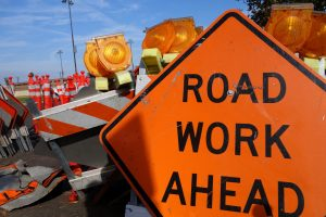 road closed, auburn, traffic alert, traffic sign on road, road work in auburn, traffic auburn wa