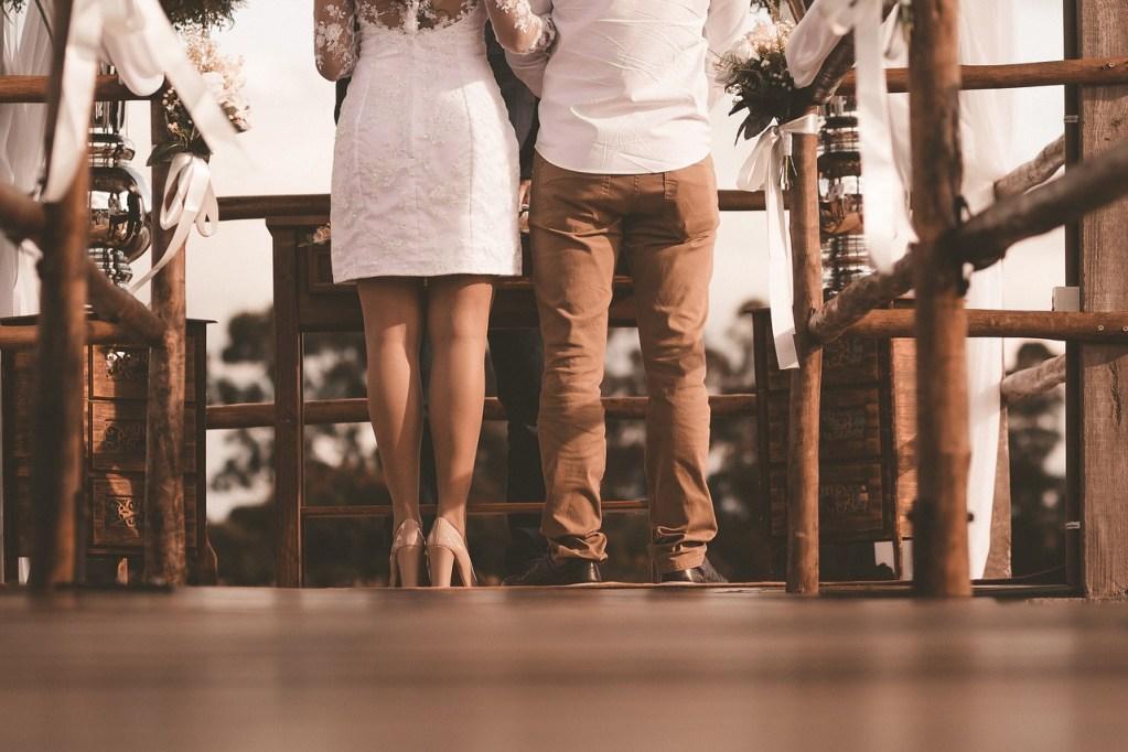 bride, wedding, minimony, bride and groom, covid-19 wedding