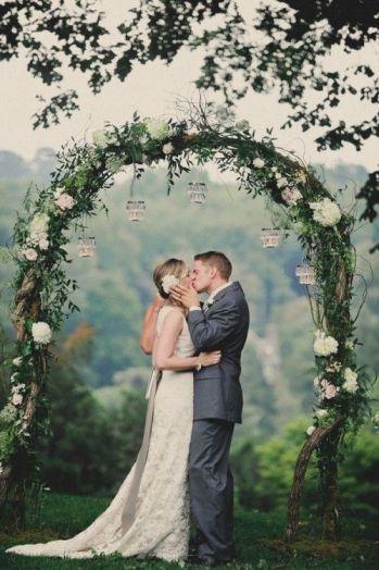belle-arche-mariage-decoration-florale