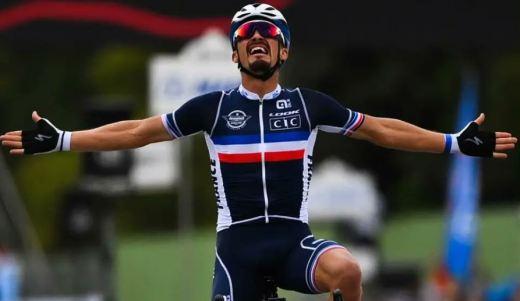 Julian Alaphilippe est devenu dimanche le 9ème champion du monde français