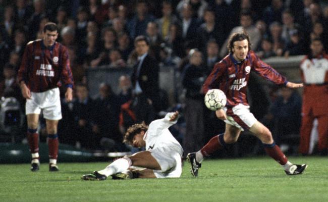 Il y a 25 ans les Girondins de Bordeaux éliminaient le Milan AC