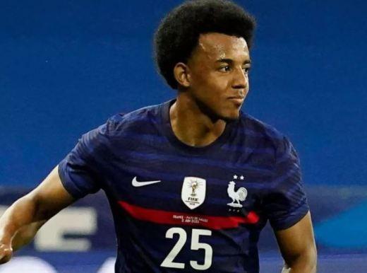 Jules Koundé, future alternative à Benjamin Pavard sur le flanc droite de la défense des Bleus ?