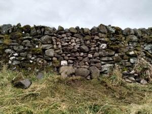 stone dyke gap filled