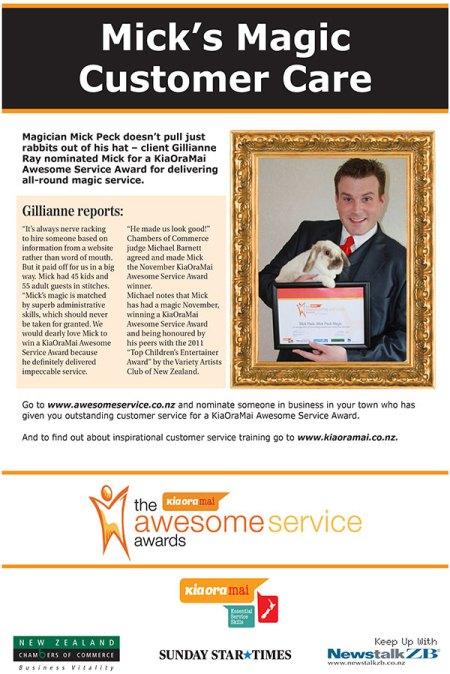 Auckland magician Mick Peck Awesome Service Award recipient