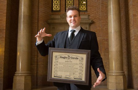 Auckland magician Mick Peck has been granted access to the Magic Circle of London
