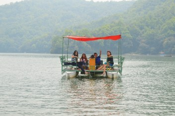 AUCTODAYbargeboat