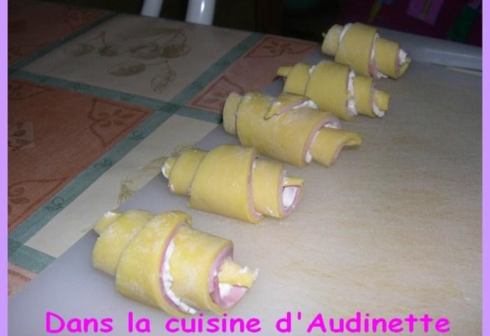 Mini Croissants Salés Dans La Cuisine Daudinette