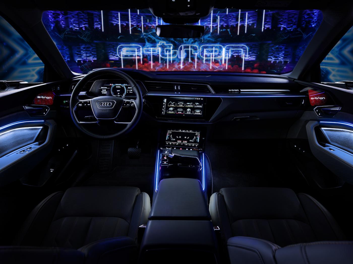 L'abitacolo dell'e-tron Prototipo. (Audi)