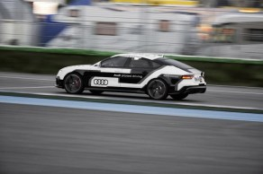 rs7_piloted_01