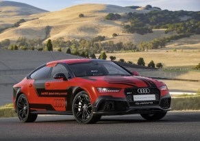 rs7piloteddriving_robby_1