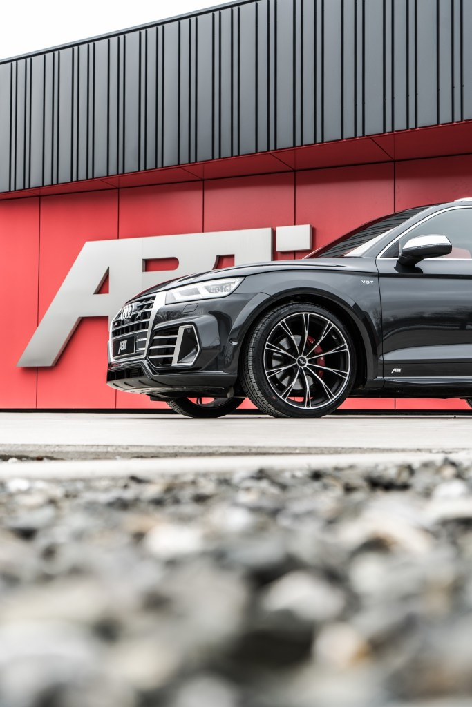 ABT Audi SQ5 with Widebody Aerokit and 425 HP