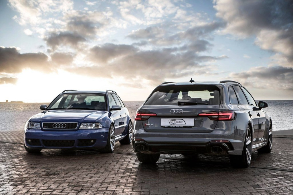 Video: B9 RS 4 Meets Its Grandaddy...the B5 RS 4