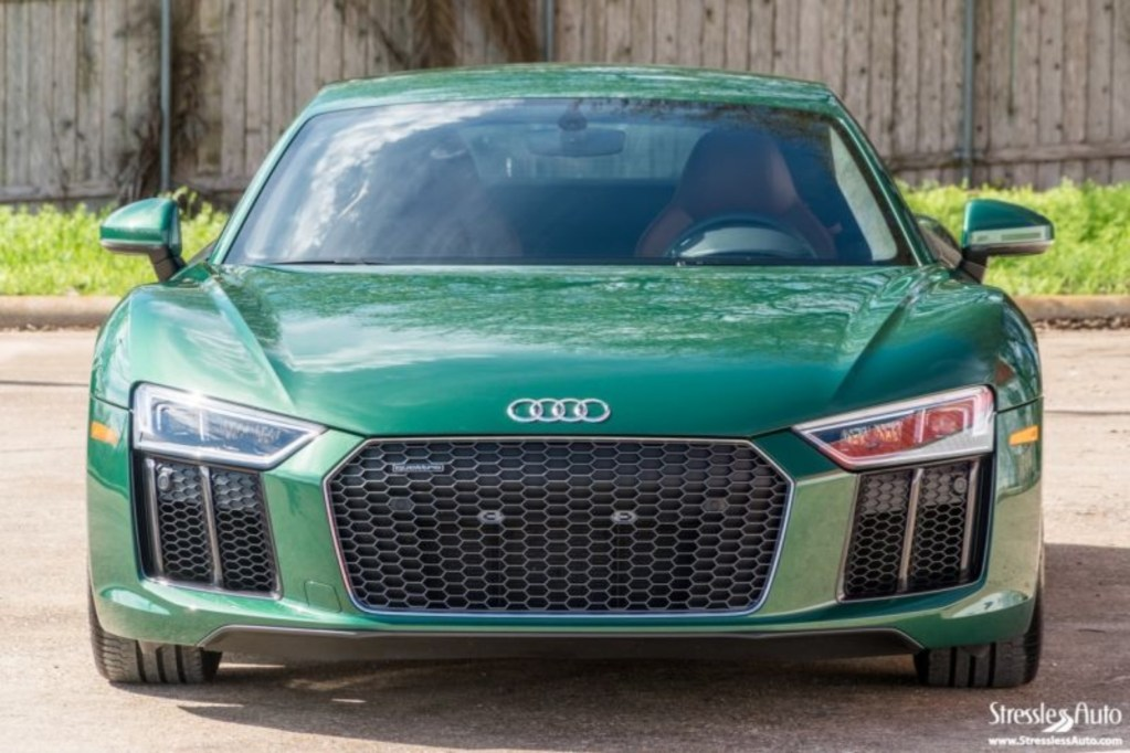 Find of the Day: 2017 Audi exclusive Avocado Green R8 V10