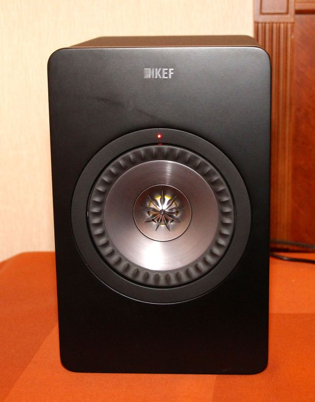 KEF X300A Powered Speakers