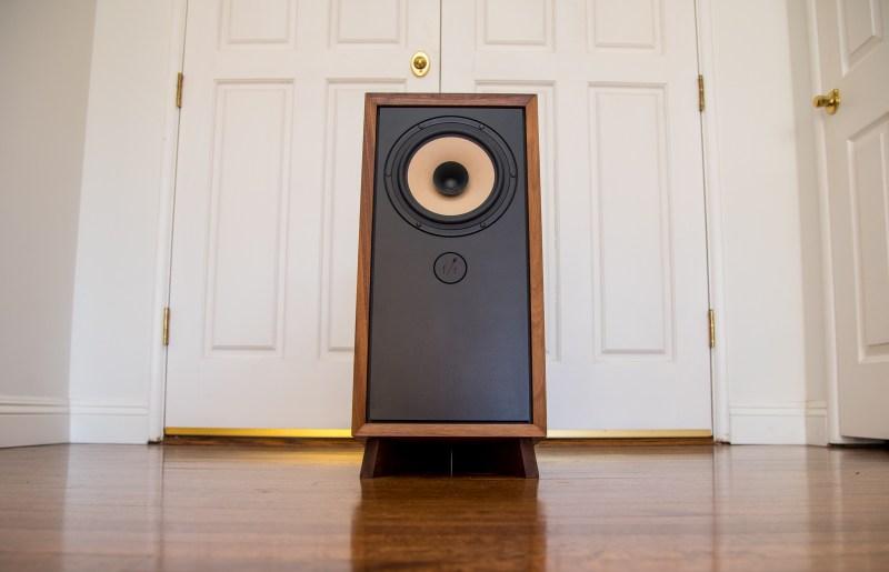 Fern & Roby Raven II Bookshelf Loudspeaker Review.