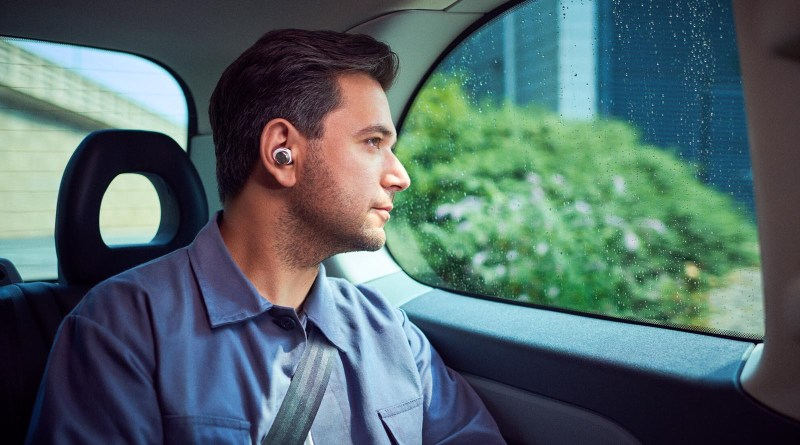 Bowers & Wilkins Intro The PI7 And PI5 True Wireless Earphones, BW PI7 BW PI5