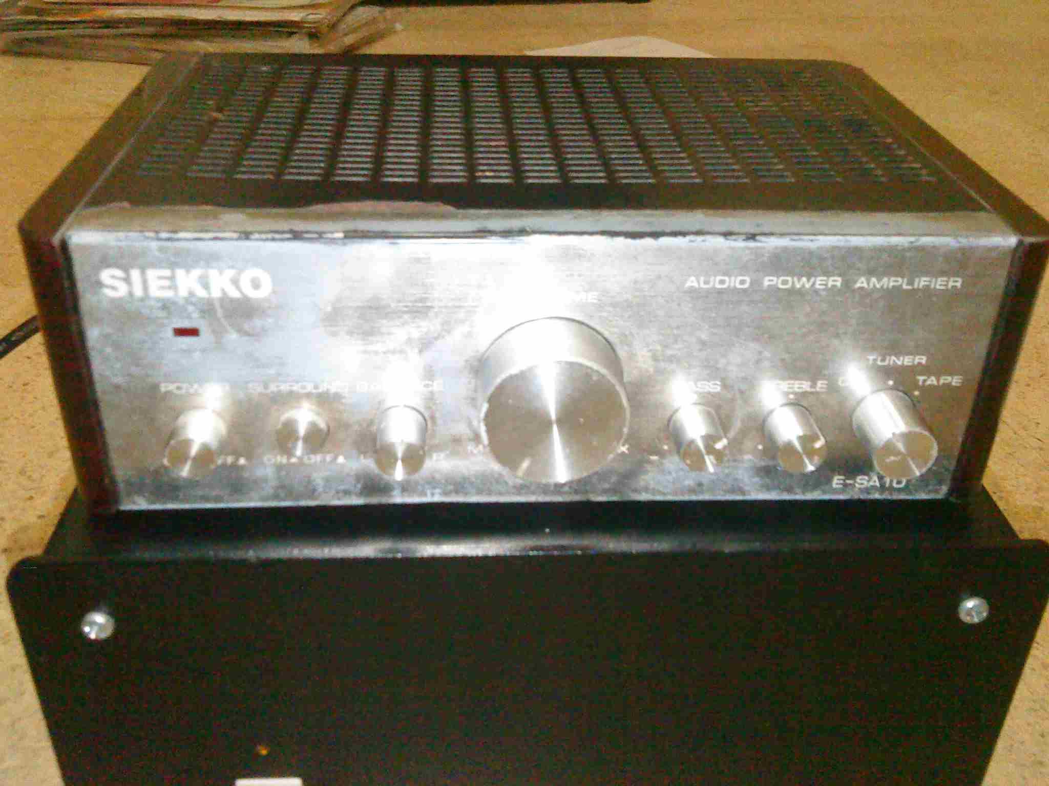 Panel depan Siekko Integrated Amplifier