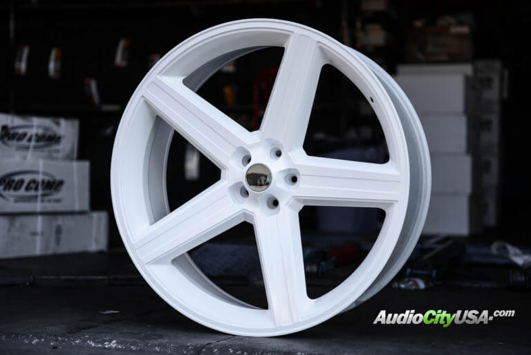 White Dodge Challenger Rims 22 Black And White