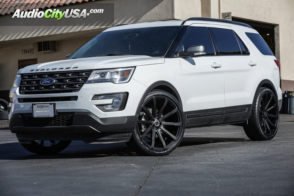 2016 Ford Explorer Custom Rims