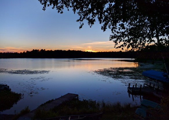 sunset_island_lake_wi