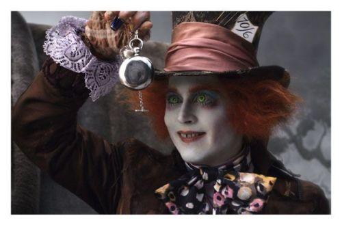 Johnny Deep es el sombrerero loco en Alicia en el país de las maravillas