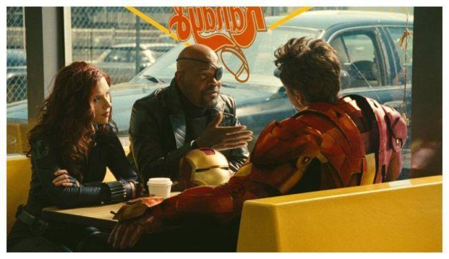 Scarlett Johansson y Samuel L. Jackson en Iron Man 2
