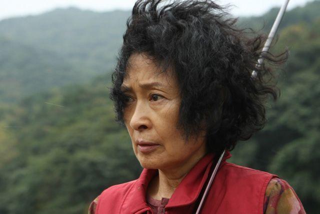 Kim Hye-ja (la madre) en el film Mother