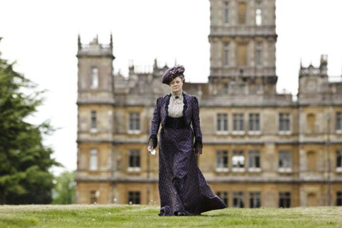 Maggie Smith en la serie