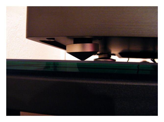 Puntas de soporte que mantienen al plato estable y reducen las vibraciones
