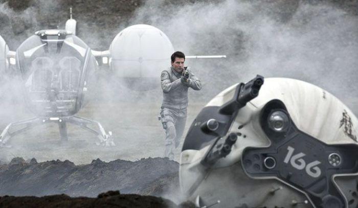 """Tom Cruise es Jack Harper en """"Oblivion"""" (2013)"""