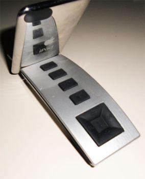 Mando a distancia con hueco para reproductor portátil, vista trasera