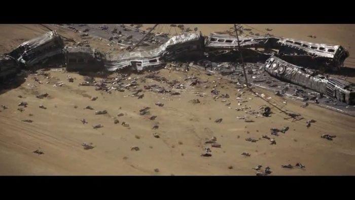 A los kaiju siempre les gusta aplastar trenes (Godzilla, versión 2014)