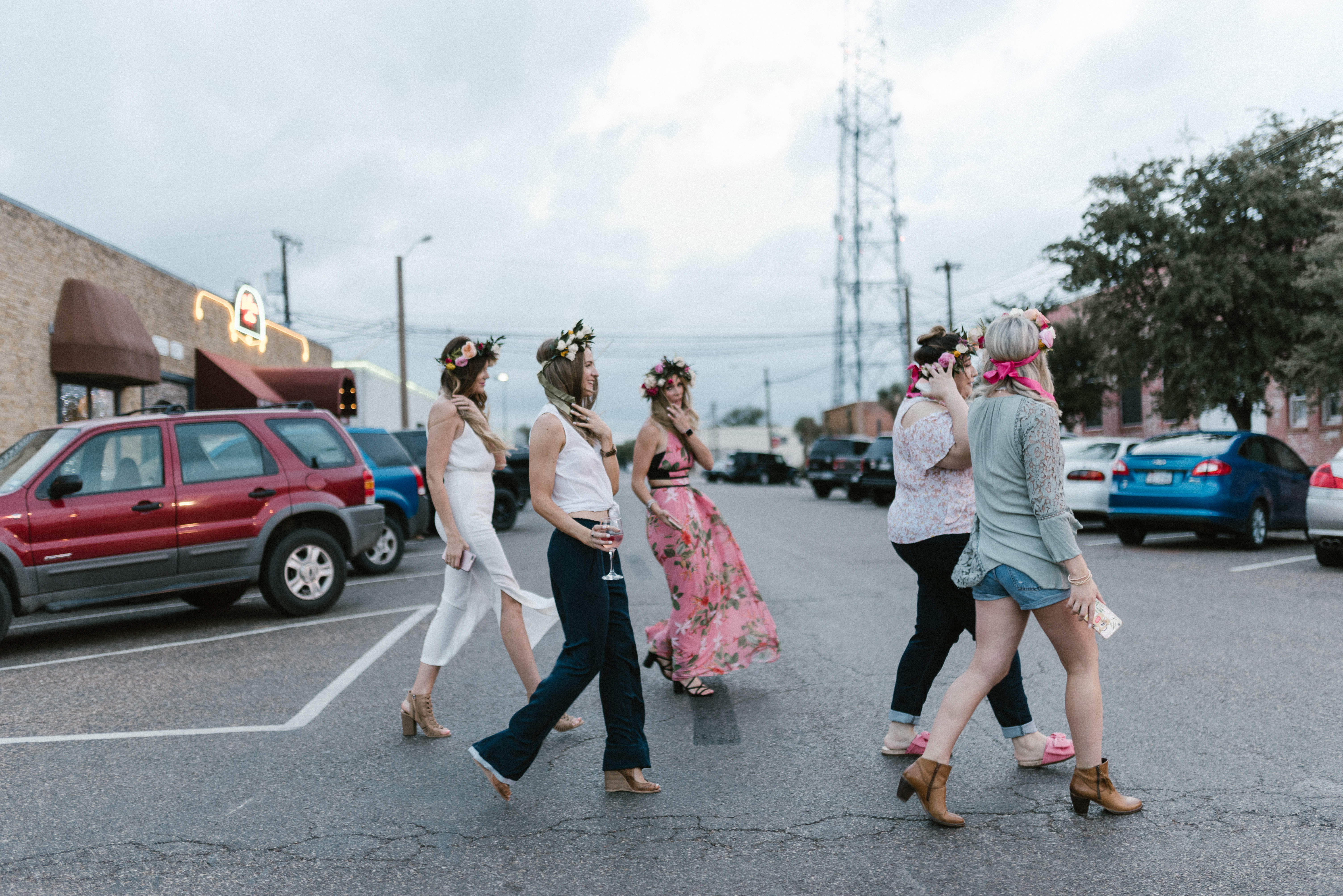 Flower Crown Party in West Texas | Bachelorette Idea | Lubbock, TX bloggers | by lifestyle and fashion blogger Audrey Madison stowe - Bachelorette Flower Crowns featured by popular Texas blogger, Audrey Madison Stowe