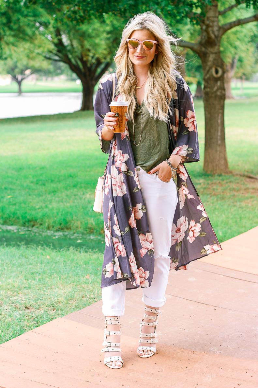 Easy Duster Kimono   Audrey Madison Stowe a fashion and lifestyle blogger